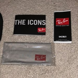 Ray-Ban Accessories - Ray Bans sunglass case